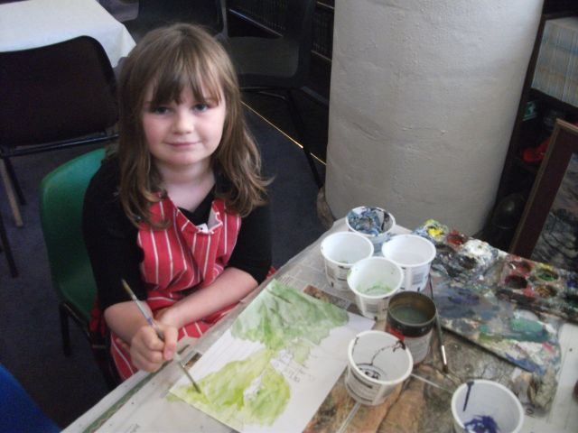 Naomi Lakin tries her hand at painting