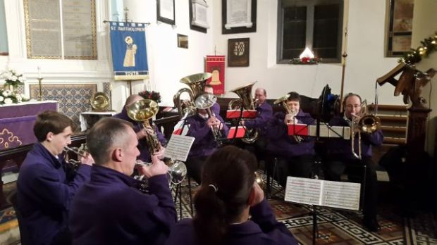 Carols Round the Tree, 2015 016a