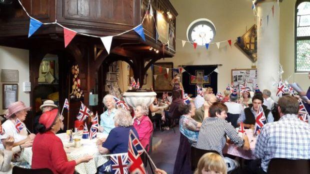 Queen's 90th Cafe Church 6.16 031