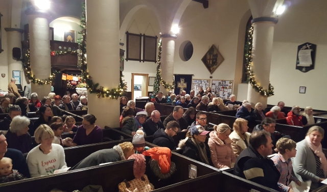 Carols round the tree December 2017