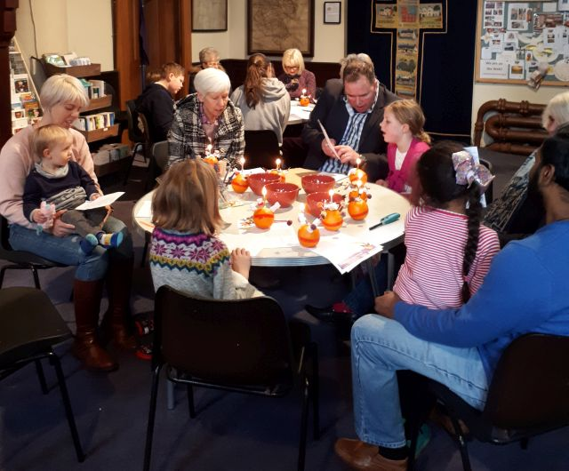 Messy Christingle Jan 2019